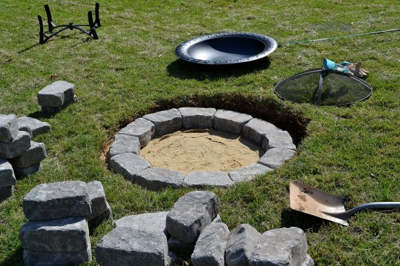 hole with stones